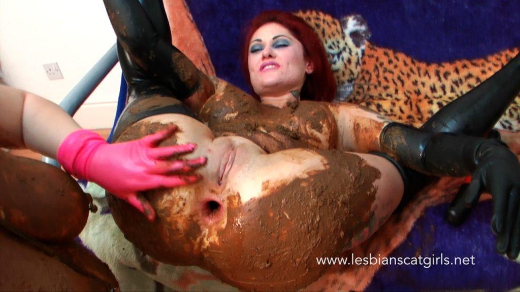 Lesbian Scat Toys